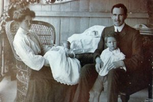 Emily and Thomas Houston with Errol and Don. 1907.